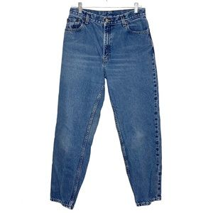 Levi's Vintage 550 Relaxed Fit High Rise Light Wash Jeans Size 12.